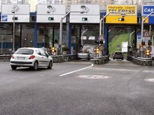 Incidente mortale a Torino, 3 morti