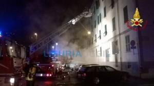 Incendio viale Amendola a La Spezia