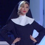 Sanremo 2016 – Belen Rodriguez vestita da suora all'Ariston