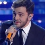 Sanremo 2016, Lorenzo Fragola primo a cantare con Infinite volte