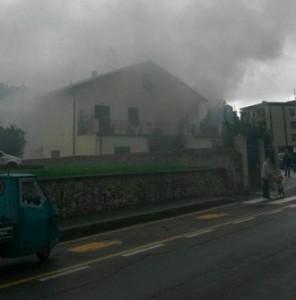 Finalborgo, incendio in un'abitazione del rione Porta Vecchia