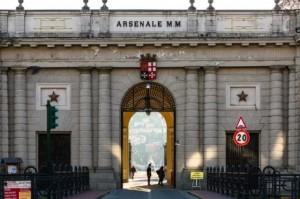 Furbetti del cartellino, 15 sospetti di assenteismo nell'arsenale della Spezia