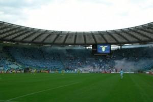 Cori razzisti, squalifica curve e multa per la Lazio