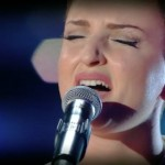 Sanremo 2016 – Torna Arisa con il brano Guardando il cielo