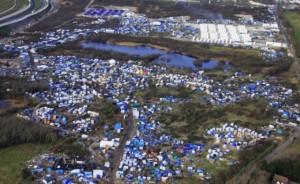 """Calais, al via lo sgombero della """"Giungla"""""""