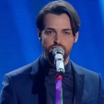 Sanremo 2016 – Valerio Scanu incanta i fan con Finalmente piove