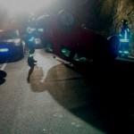 Genova, auto ribaltata in via Cadighiara a Borgoratti