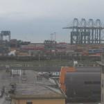 Prà – Vento forte al VTE, container si ribaltano su nave in fase di scarico