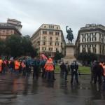 Iren – Corteo blocca Corvetto, traffico nel caos