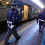 """Napoli, 17enne travolto da un treno, forse un """"gioco"""" finito male"""