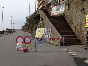 Strada bloccata a Voltri per la frana di Arenzano