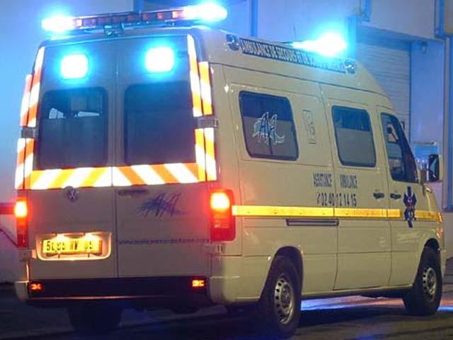 Francia, minibus si scontra frontalmente con camino: 12 morti