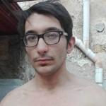 Palermo, litiga con il fratello e sbatte contro una vetrata, morto