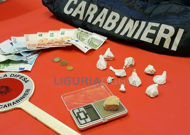 Sanremo – Carabinieri arrestano spacciatori