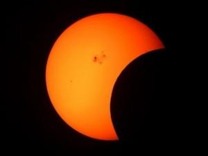 eclissi di sole in Indonesia