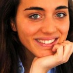 Folla al funerale di Francesca Bonello, la studentessa morta in Spagna