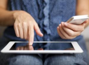 Per ogni ora di tablet, i piccoli perdono 15 minuti di sonno
