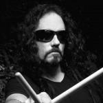 Musica – L'ex batterista dei Megadeth stroncato da infarto sul palco
