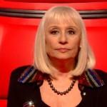 """The Voice, gaffe di Raffaella Carrà: """"35 anni fa moriva Bob Dylan"""""""