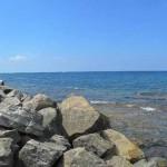 Bagnante si frattura una caviglia, Vigili del Fuoco arrivano dal mare