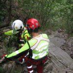 Genova – Cade in un dirupo a Creto, salvato dai vigili del fuoco