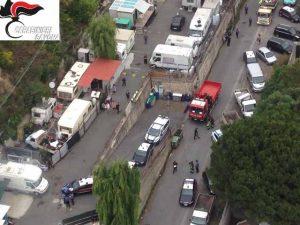 Un'immagine aerea del campo Rom