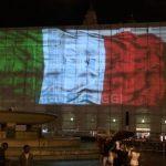 Maxi schermo in piazza De Ferrari, ecco il video della discordia