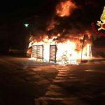 Borgio Verezzi – Incendio nella notte in piazza Marconi