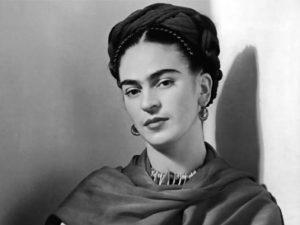 Viva la Vida! Frida Kahlo in Piazza San Matteo nello spettacolo di Pino Cacucci
