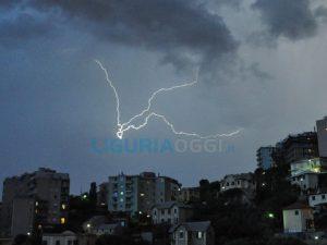 Maltempo a Genova - Disagi e allagamenti tra Recco e Nervi