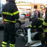 La Spezia, incidente in viale Italia tra moto e auto. Donna trasportata al pronto soccorso