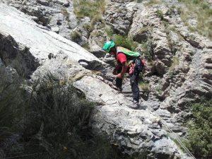 Porto Venere, 13enne cade da muro di 4 metri