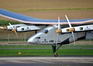Solar Impulse 2, aereo a energia solare