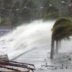 Tifone colpisce le Filippine: cancellati 300 voli