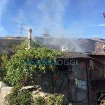 Quezzi – Brucia una casa in via dell'Olmo