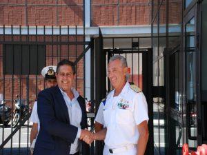 Nella foto, il presidente Toti e l'ammiraglio Pettorino