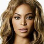 Gossip – Beyoncé a Capri, fan in delirio