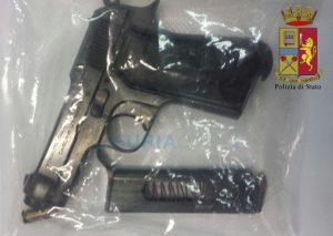 pistola dei rapinatori
