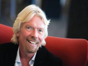 Nella foto, il 64enne fondatore di Virgin Richard Branson