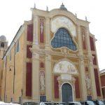 Movida a Genova – Raid di teppisti contro auto e aiuole a Sarzano