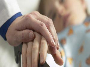 Salute, il primo caso di eutanasia su un bambino arriva dal Belgio
