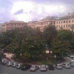Foce, operaio investito in piazza Paolo Da Novi: grave al San Martino