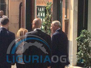 Nella foto, il Presidente del Senato Pietro Grasso in visita a Boccadasse