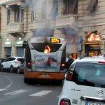 Castelletto – Autobus in fiamme in corso Firenze