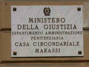 Marassi, sequestrato un cellulare in cella: detenuti appiccano incendio