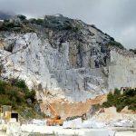 Carrara, tragedia in una cava di marmo di Torano. Morto un operaio