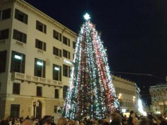 Bando per le luminarie di Natale, il Comune stanzia 47mila euro