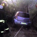 Auto fuori strada a Nè, morto 80enne