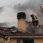 Borzonasca – Incendio al tetto di un'abitazione