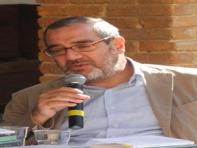 Nella foto, il professor Enrico Testa